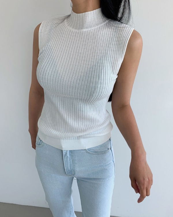 Teo half neck sleeveless knit