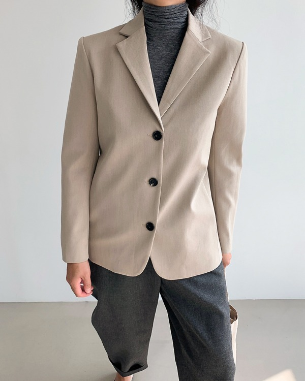 Classic back button jacket