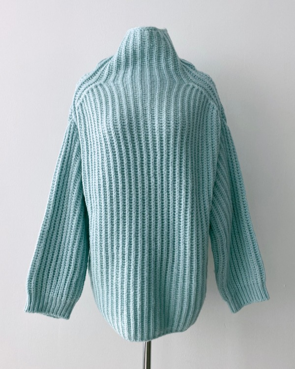 Natural turtle knit