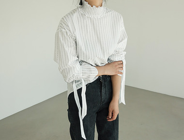 Smoke ribbon blouse