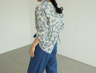 Beaker summer blouse