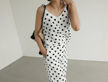 Retro dot sleeveless blouse