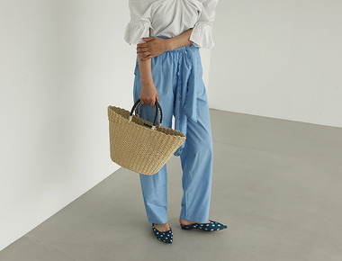Ruffle strap stripe pants
