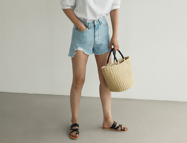 Unbalance vintage short denim pants