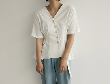 Pintuck line blouse