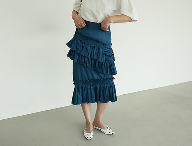 Frilly unbalance skirt