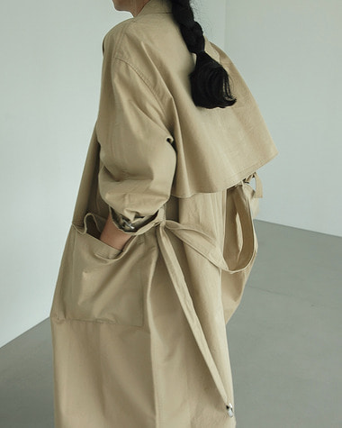 Over raglan trench coat
