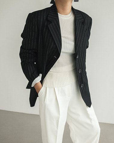3 button stripe jacket