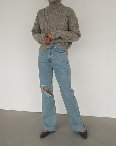 105 Vintage wash denim pants