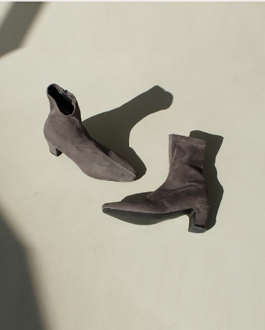ST1221 Suede slim boots