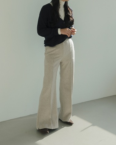 Cashmere slit pants