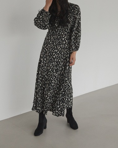 Robe pattern dress