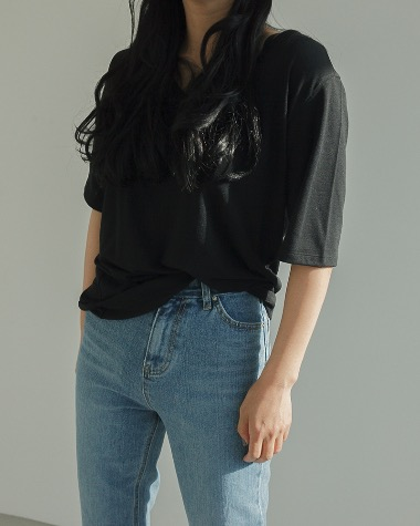 Loose half sleeve tee