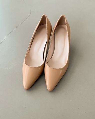 BP1052 Simple color heel