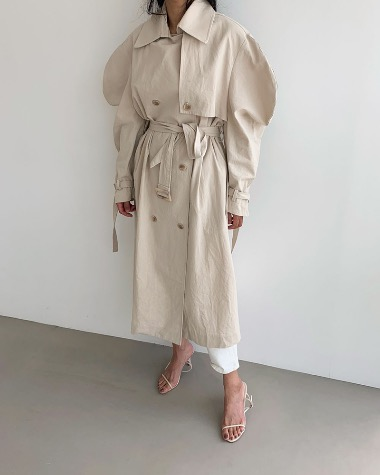 Over puff trench coat
