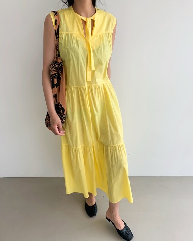 Color maxi dress