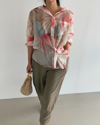 See-through color blouse