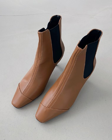 LN0368 Banding ankle boots