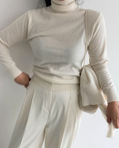 Lau turtle neck knit