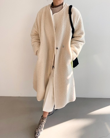Fleece minimal coat