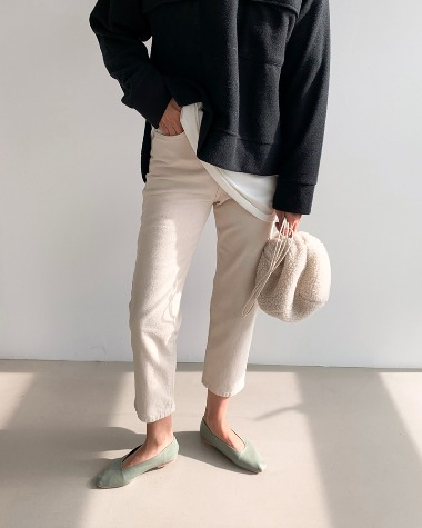 Beige fleece denim pants