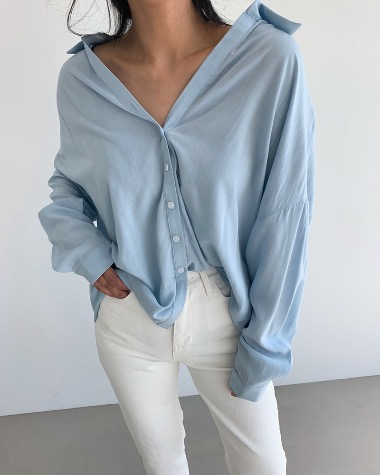 Loose collar shirts